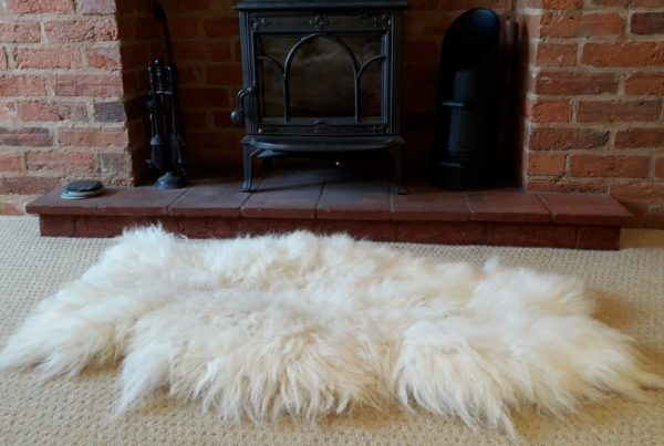 Vegetarian Sheep Skin Rug - Scottish Black Face Fleece