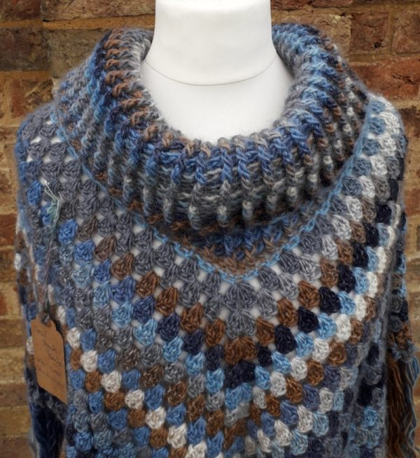 Cowl Neck Poncho - close up of stitches