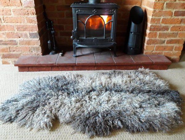 Gotland vegetarian sheepskin rug